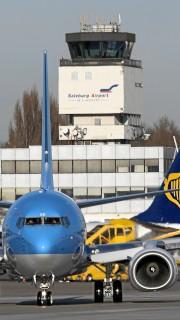 Salzburg Airport mit Kontrollturm