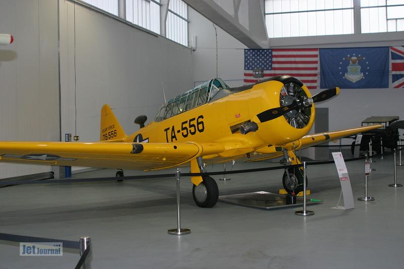 Hangar10 9