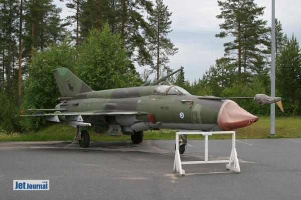 ...MG-138 MiG-21bis...