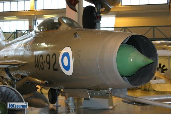 ...MG-92: MiG-21F-13...